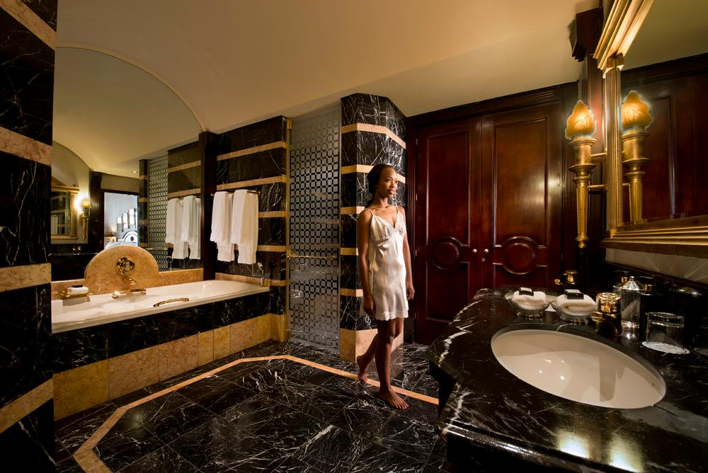Michelangelo Hotel Presidential Suite Bathroom